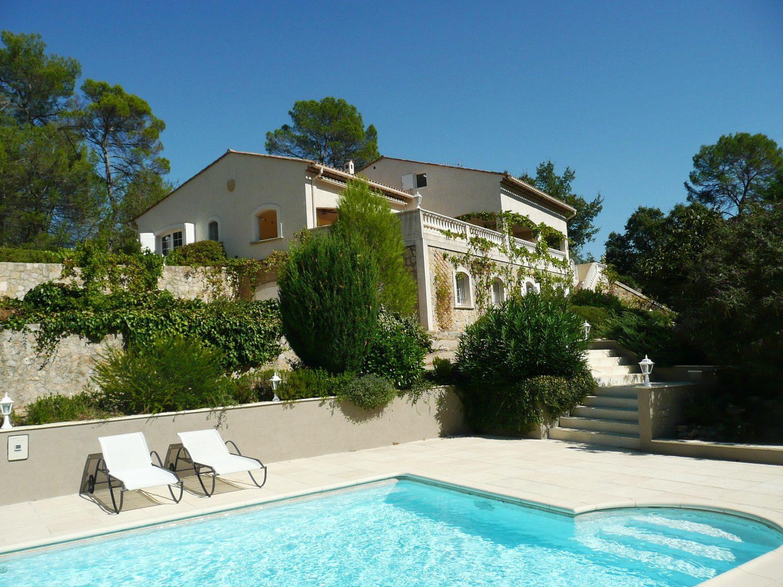 Frankrijk, grote vakantiehuizen, luxe, vakantievilla's, groepen, 12-16 personen