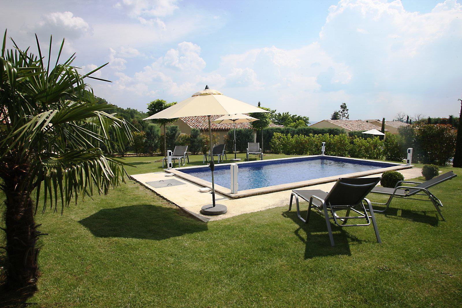 Frankrijk, Provence, Forcalquier, luxe vakantievilla, zwembad, natuur, familie, vakantie