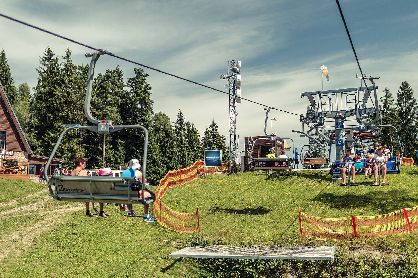 Letní lanová dráha na Kramolín