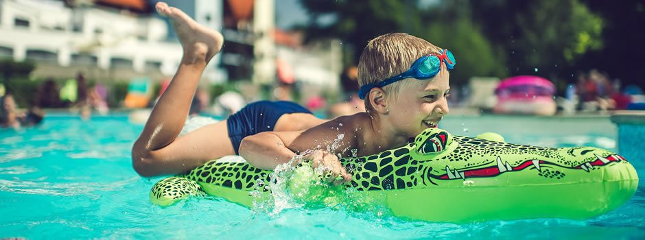Swimming pool Lipno Lake Resort