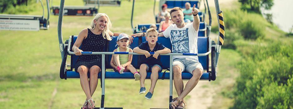 Sommer viersitzige Seilbahnen Jezerni und Promenadni