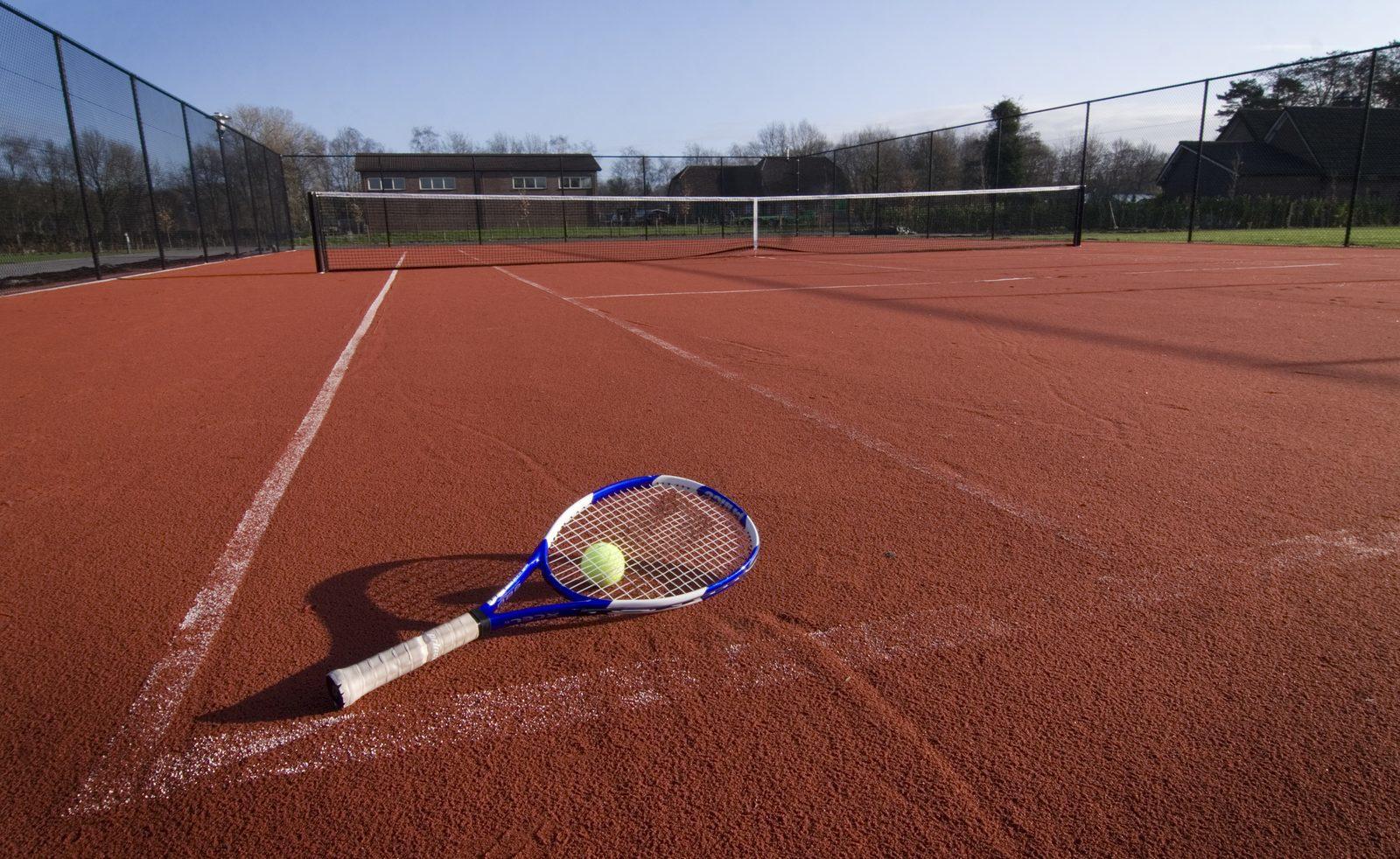 Tennissen en sporten tijdens vakantie op de Veluwe | Recreatiepark De Boshoek