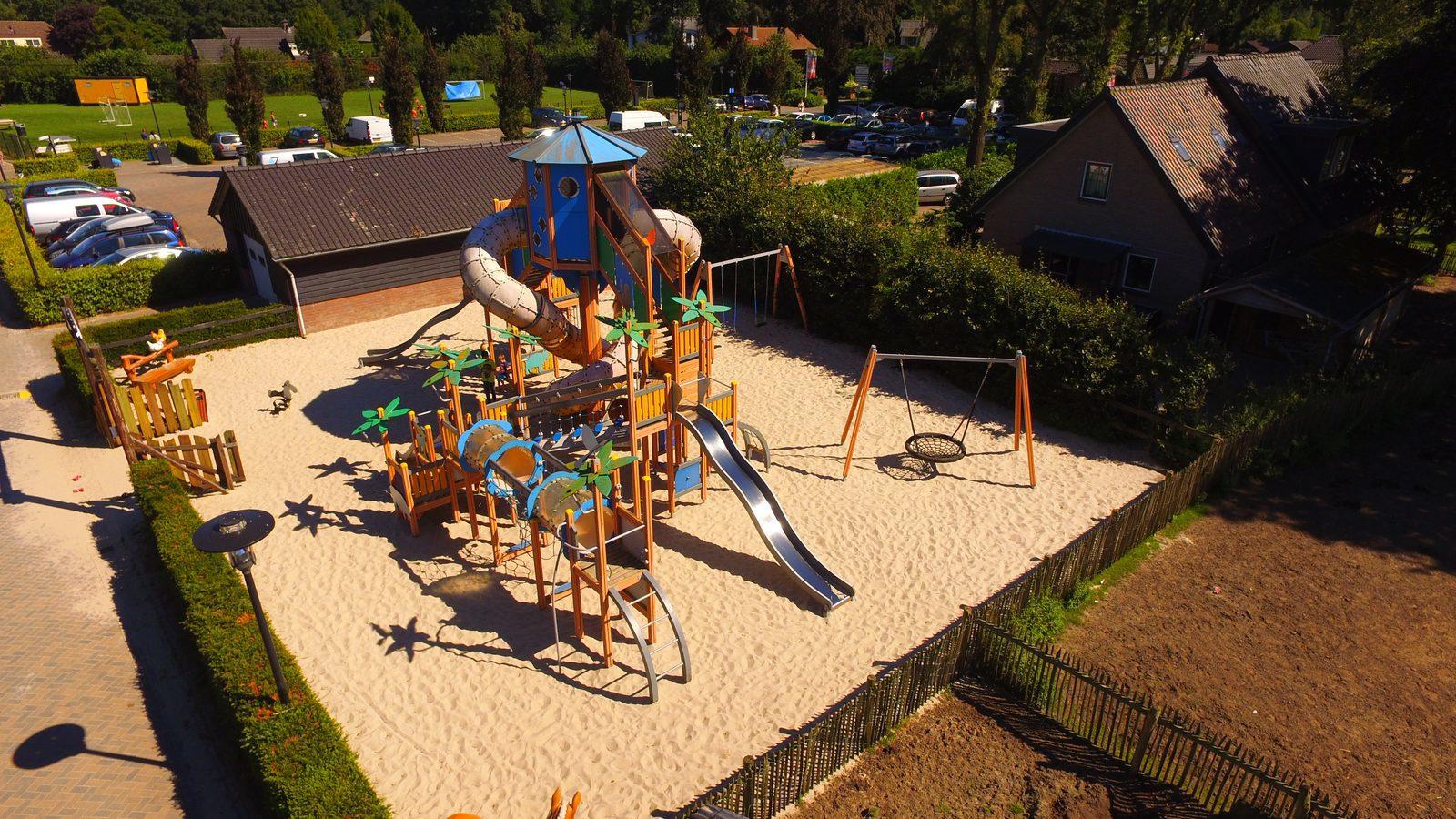 Grote speeltuin op vakantiepark | Recreatiepark De Boshoek
