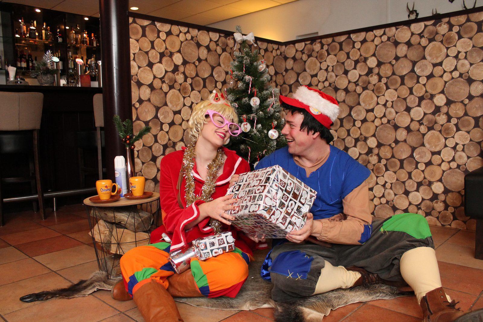 Vier Kerst op de Veluwe bij Recreatiepark De Boshoek met Keessie en Willie