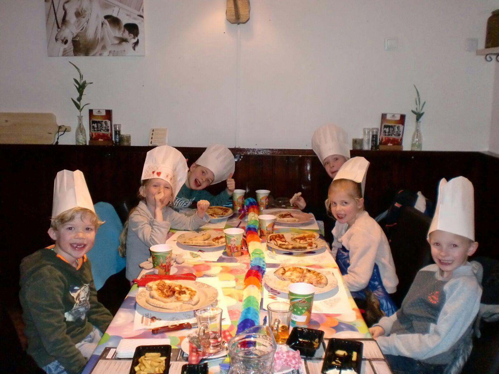 Pizza kinderfeestje in Voorthuizen bij De Boshoek