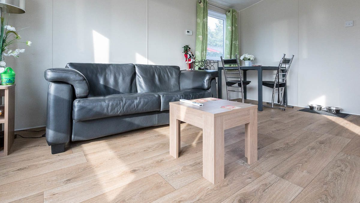 457 - Chaletpark Holiday Vraagprijs € 39.500 (huurgrond)