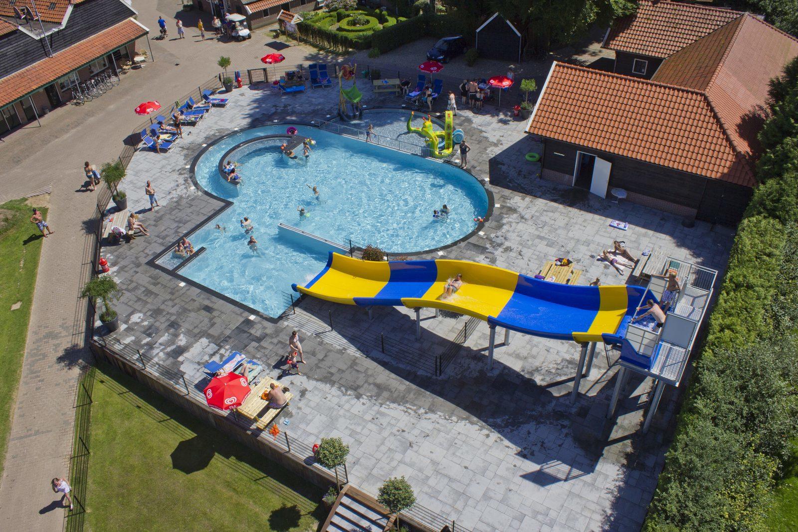 Lekker zwemmen in ons verwarmde zwembad