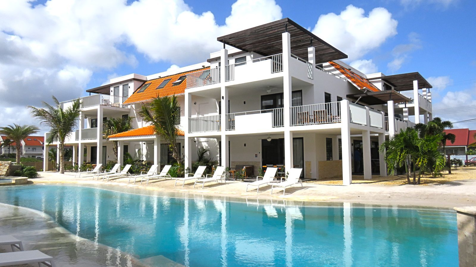 Luxury Resort with swimming pool on Bonaire