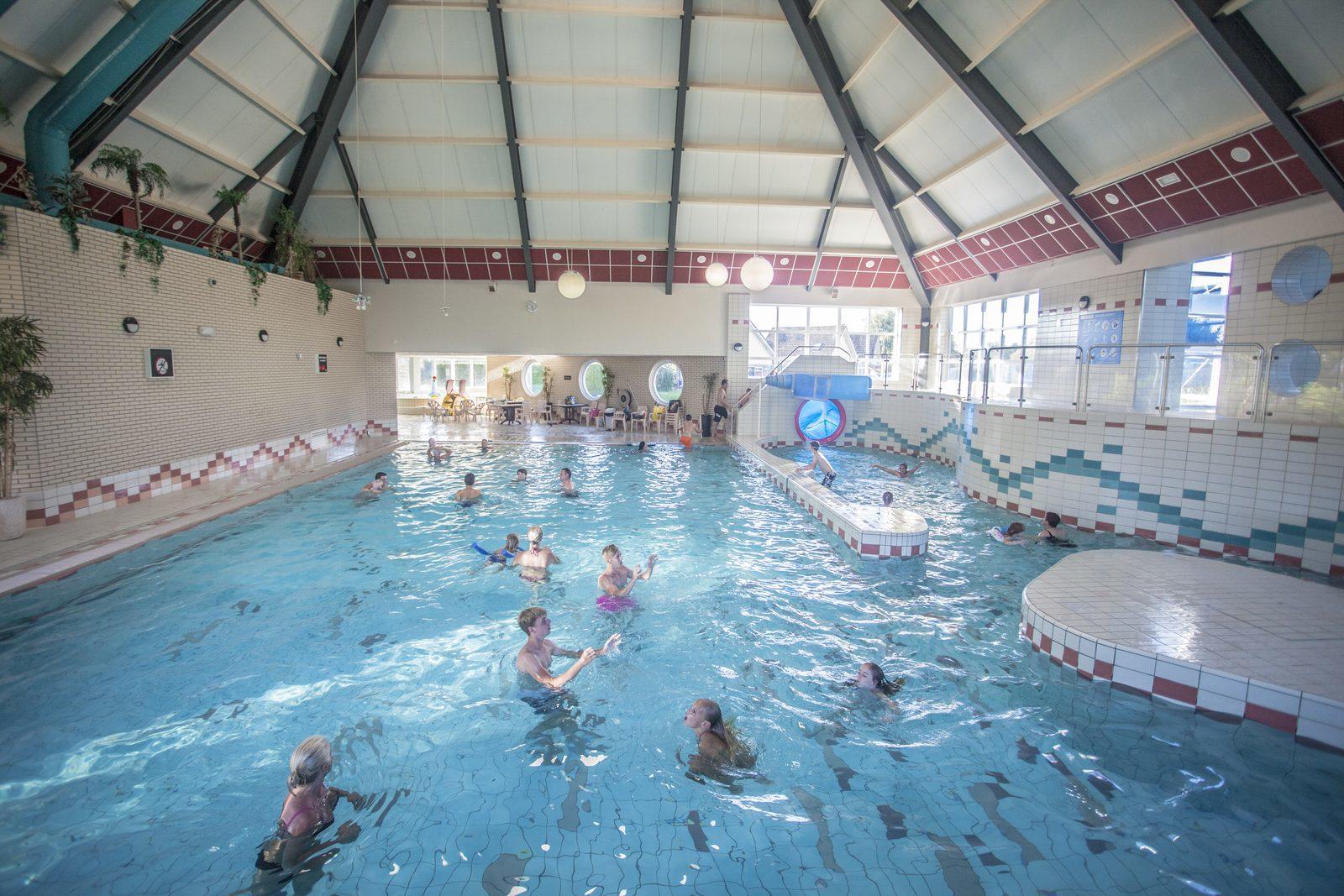 Vakantiepark met overdekt zwembad bungalowpark zuiderzee