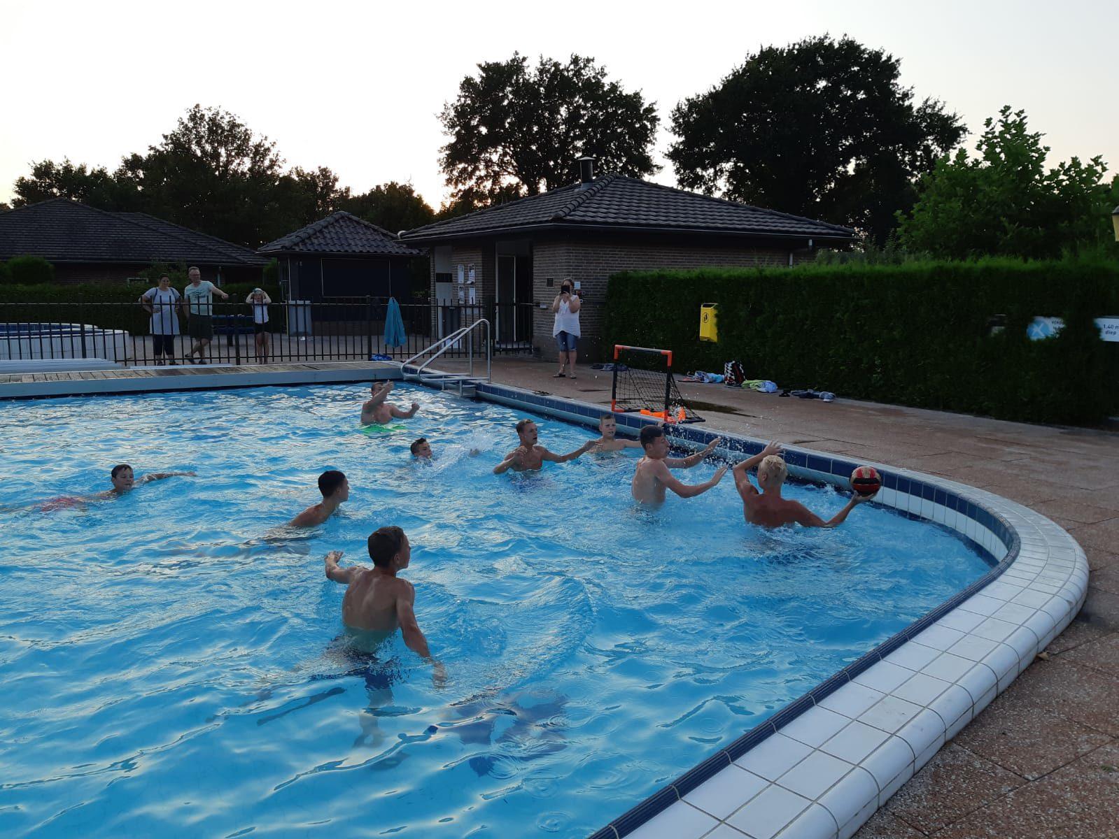 Waterpolo voor alle leeftijden op Recreatiepark De Boshoek