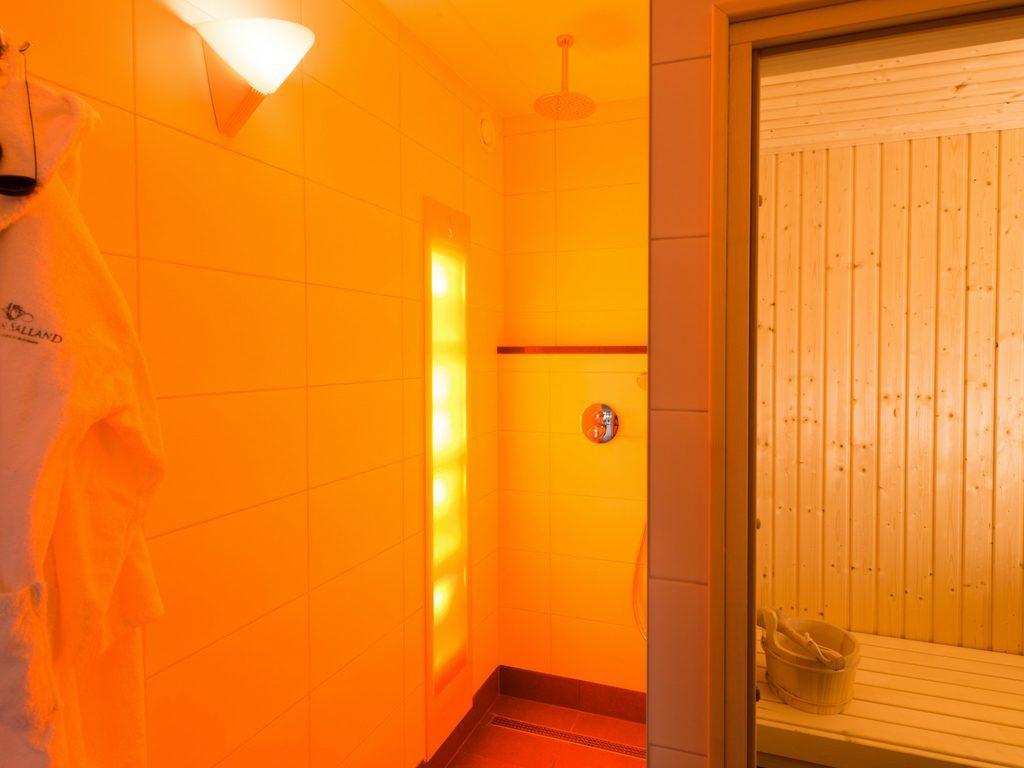 Your Indulgence Package at Hof van Salland - Wellness sun shower and Finnish sauna