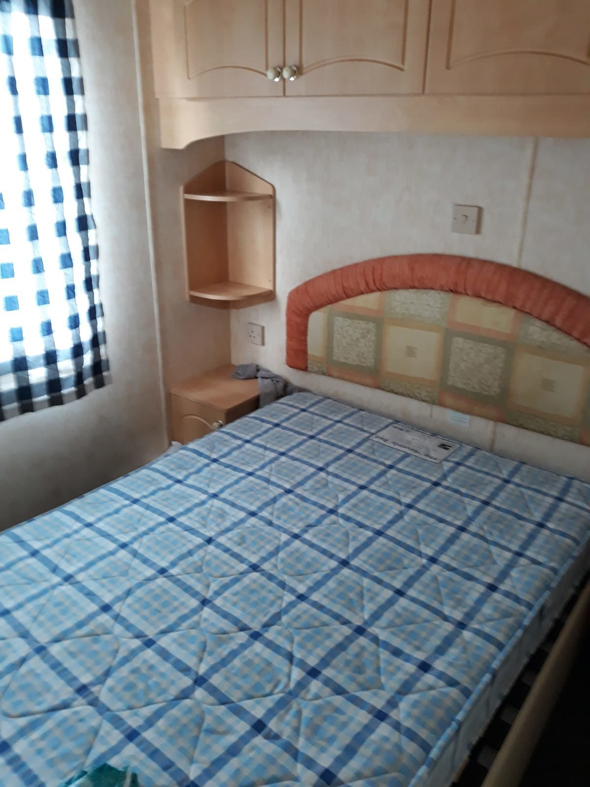 406 - Chaletpark Holiday Vraagprijs €24.000 (huurgrond)