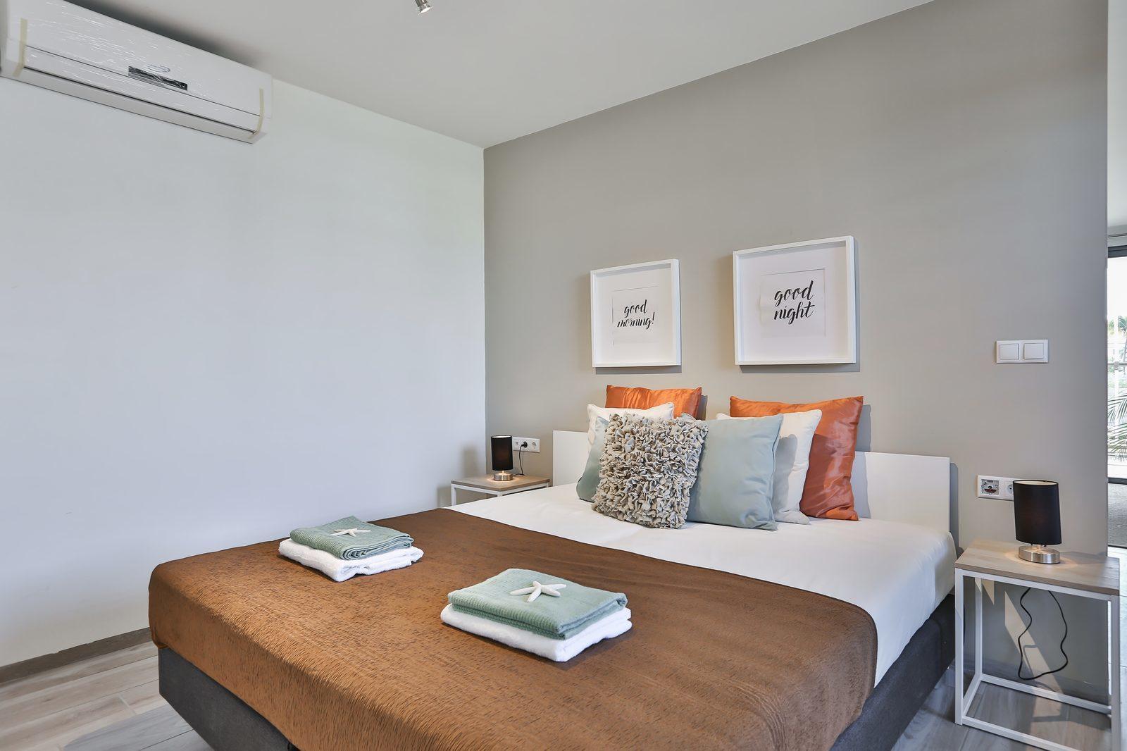 Wilt u graag naar Bonaire op vakantie? Resort Bonaire beschikt over zeer ruime appartementen op een prachtig resort.
