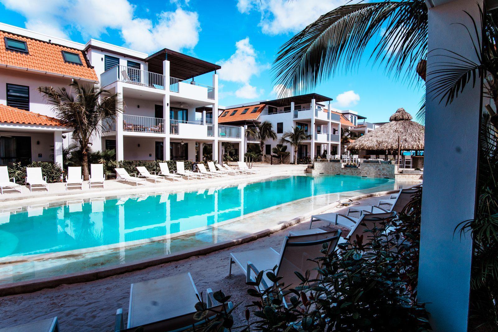 Resort Bonaire is een van de prachtige resorts op Bonaire. Het resort beschikt onder andere over een prachtig zwembad.