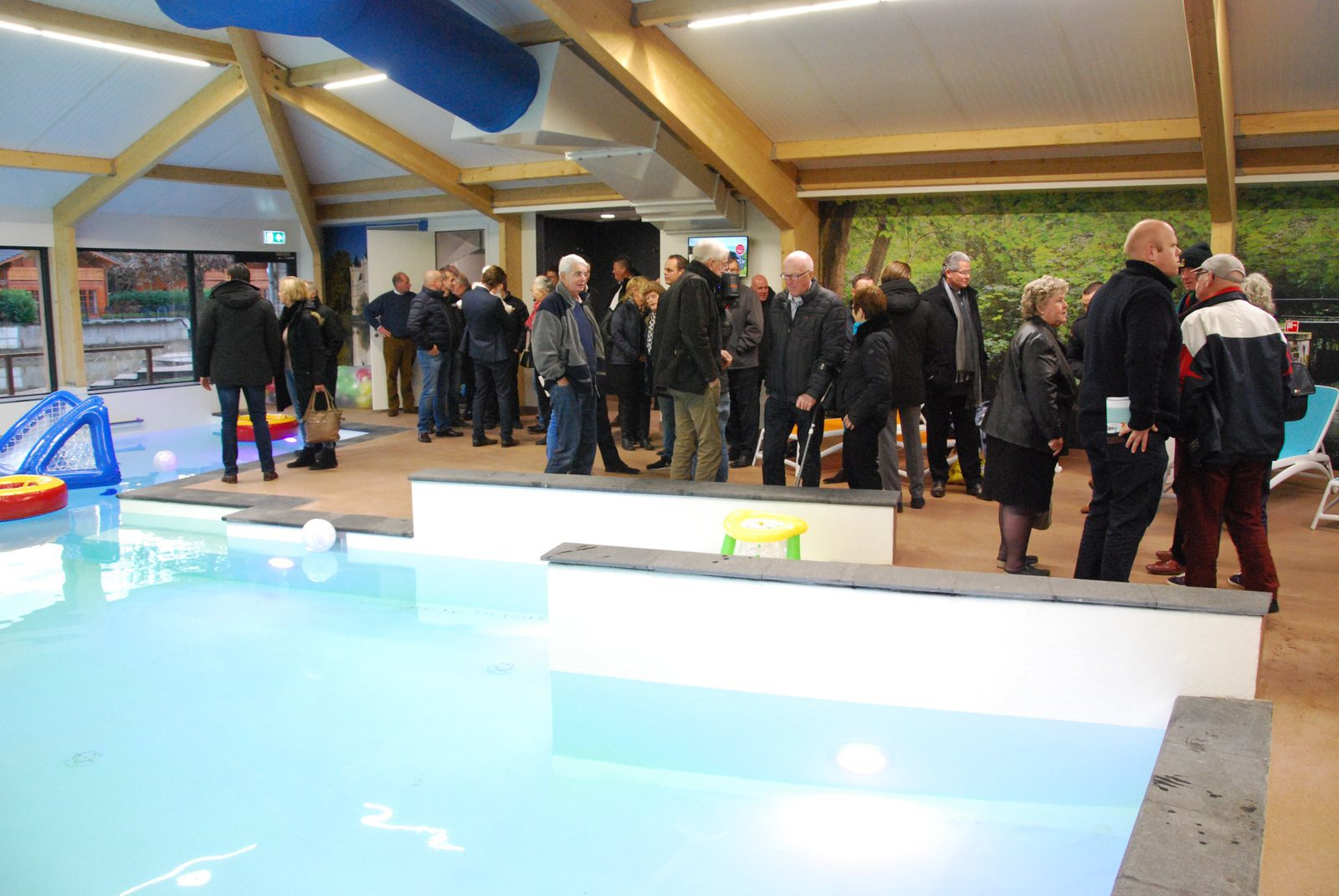 Indoor swimming pool at Resort de Achterhoek festively opened
